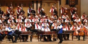 4) Gipsy Orchestra