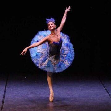 """La ballerina lucchese Martina Di Riccio: """"Bene lo streaming ma non si abbandoni il teatro, casa e luogo simbolo delle arti sceniche"""""""
